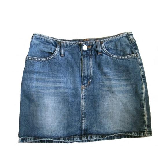 0cc9d2bebb Kookai Jeans Italian Distressed Denim Skirt ~ 27